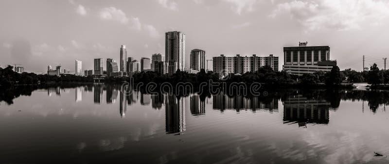 Vista panoramica di monocromio di Austin Texas Skyline immagini stock libere da diritti