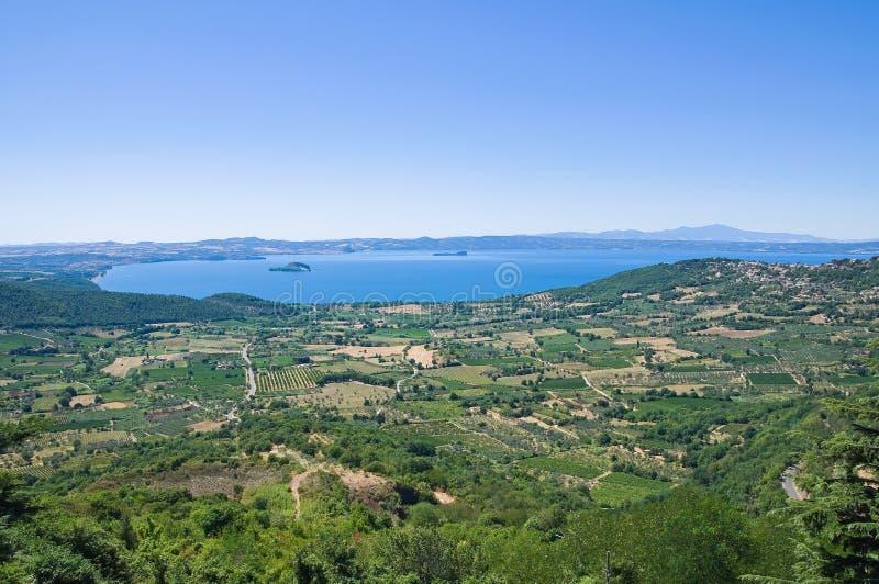 Vista panoramica di Montefiascone. Il Lazio. L'Italia. fotografia stock libera da diritti
