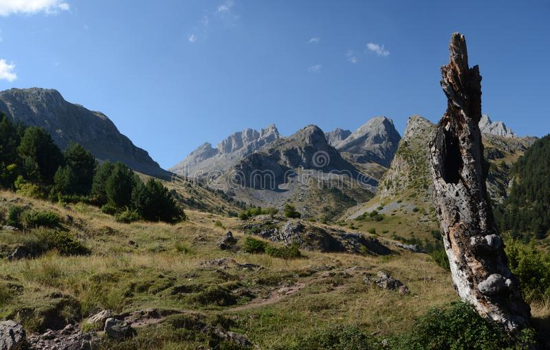 Vista panoramica di Pirenei immagine stock libera da diritti
