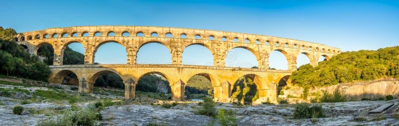 Vista panoramica di Pont Du il Gard fotografia stock libera da diritti