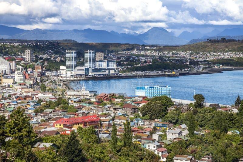 Vista panoramica di Puerto Montt, Cile. fotografie stock libere da diritti