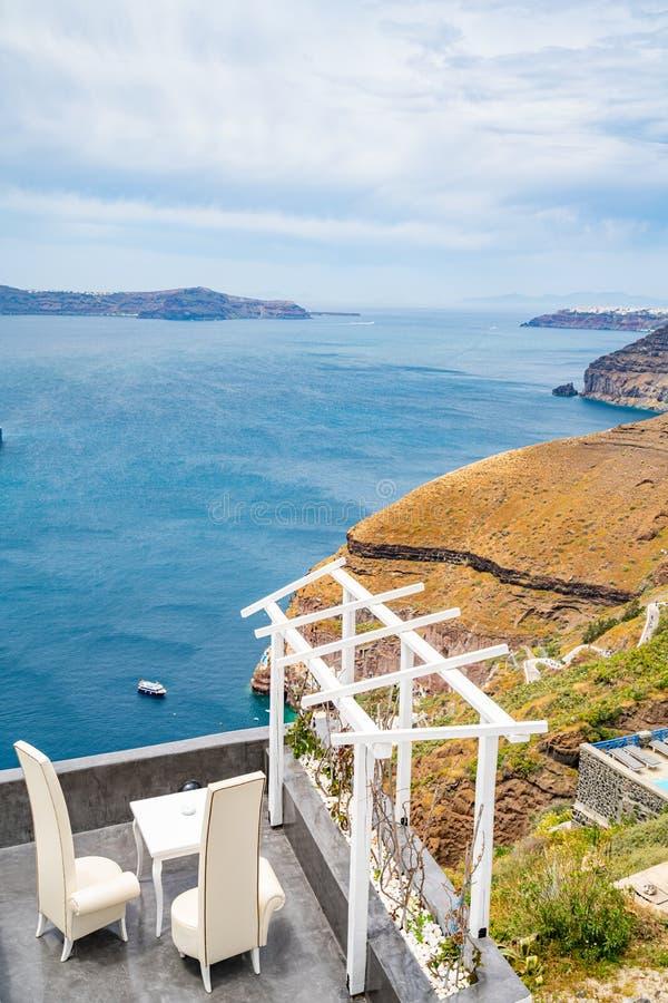 Vista panoramica e vie dell'isola di Santorini in Grecia, colpo in Thira fotografie stock libere da diritti