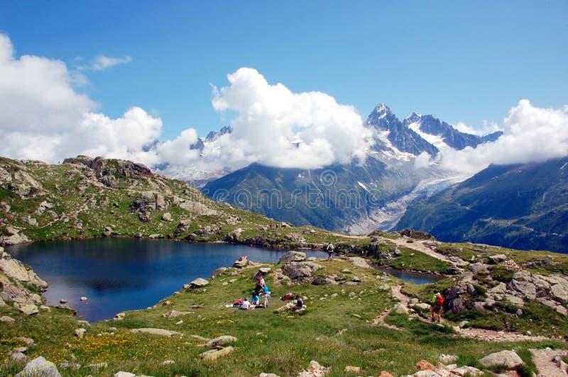 Vista panoramica sul massiccio di Mont Blanc fotografie stock