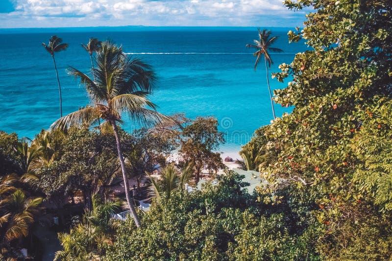 Vista panoramica sull'isola di Cayo Levantado - Repubblica dominicana fotografie stock libere da diritti