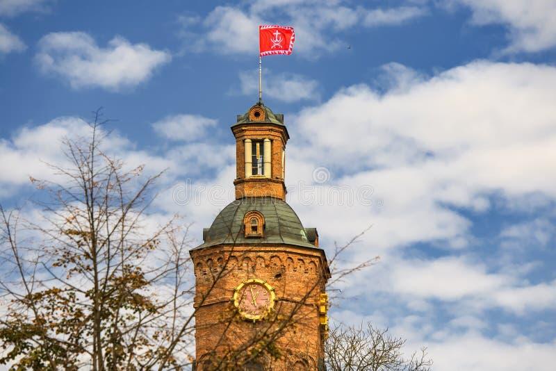 Vista para a antiga torre de água, agora museu no centro histórico de Vinnytsia, Ucrânia Setembro de 2019 imagens de stock royalty free