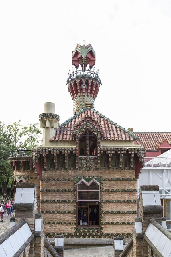 Vista parcial del edificio del EL Capricho de GaudÃ, en Comillas, imagenes de archivo