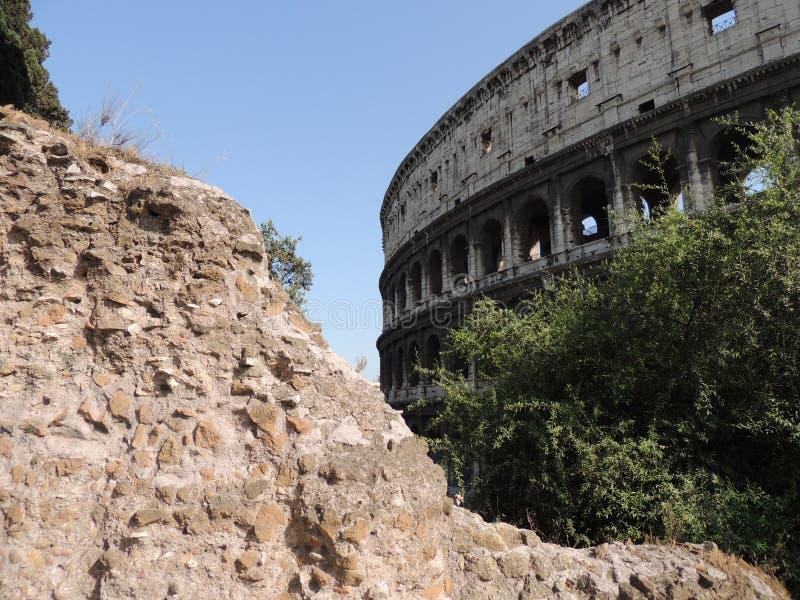 Vista parziale del Colosseo fotografia stock libera da diritti