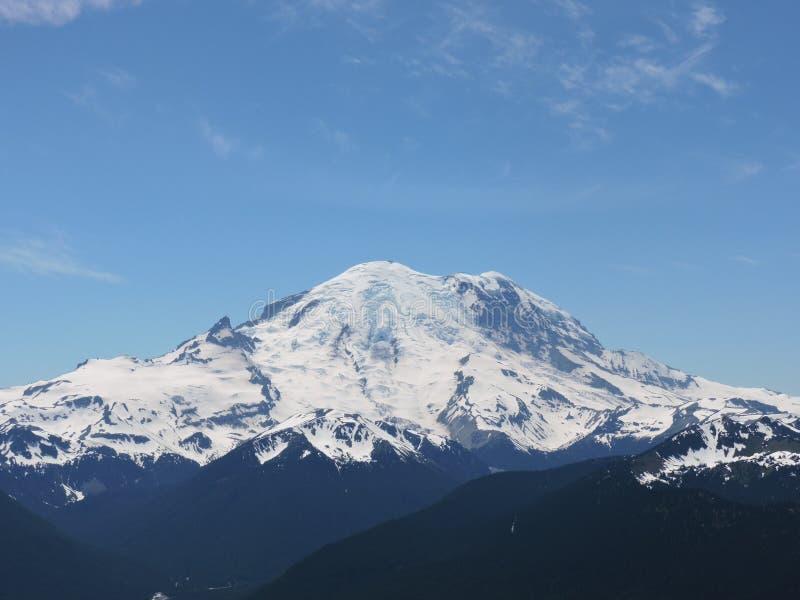 Vista perfecta del Monte Rainier foto de archivo libre de regalías