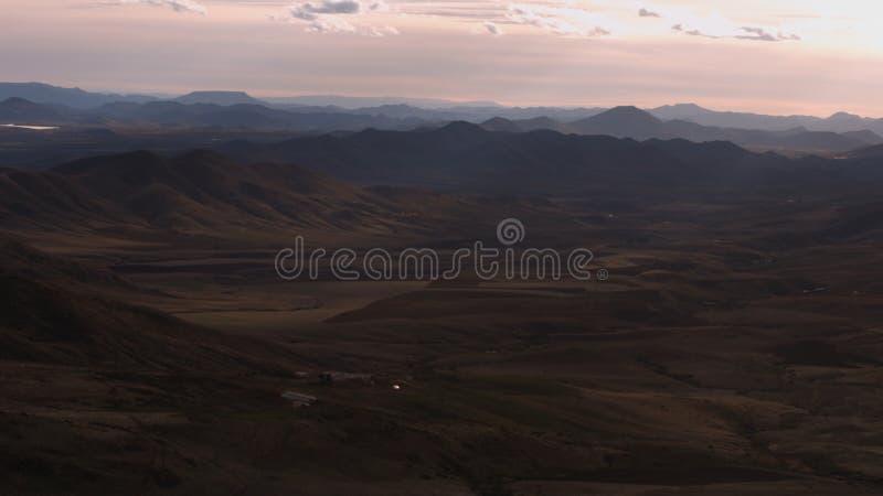 Vista piacevole dalle montagne di Azrou nel Marocco fotografie stock