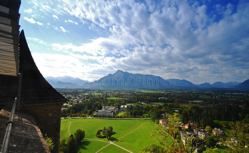 Vista pitoresca de Salzburg, Áustria fotos de stock royalty free