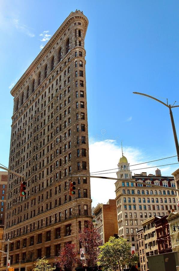 A vista principal da construção do ferro de passar roupa, um NYC típico landmarked a construção situada em Manhattan, NYC imagens de stock