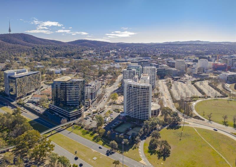 Vista a?rea de la ciudad de Canberra fotografía de archivo libre de regalías