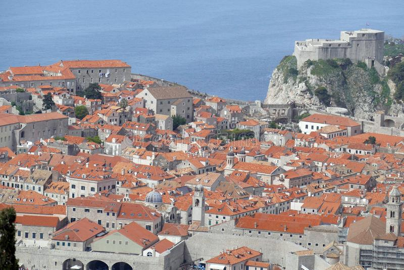 Vista a?rea de la ciudad vieja de Dubrovnik foto de archivo libre de regalías