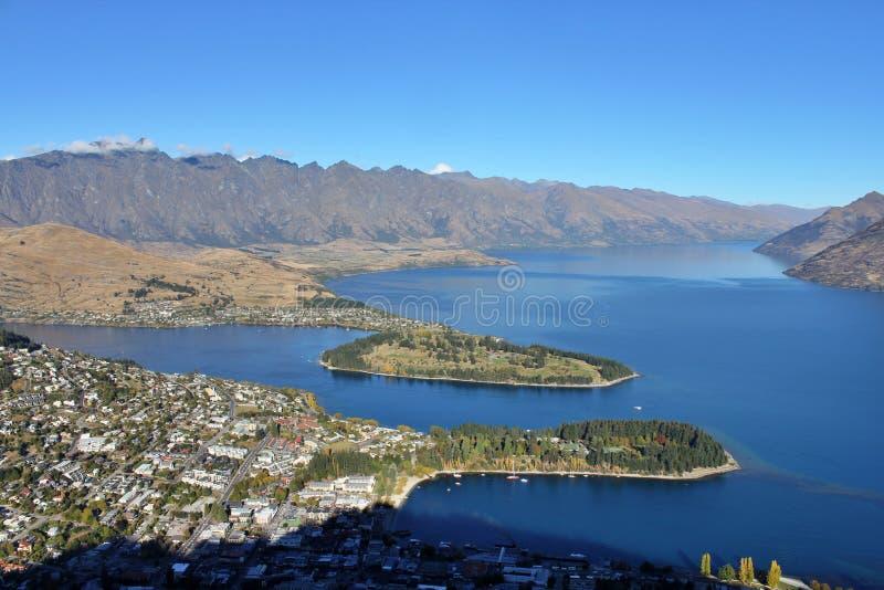 Vista a?rea de Queenstown, Nueva Zelanda foto de archivo
