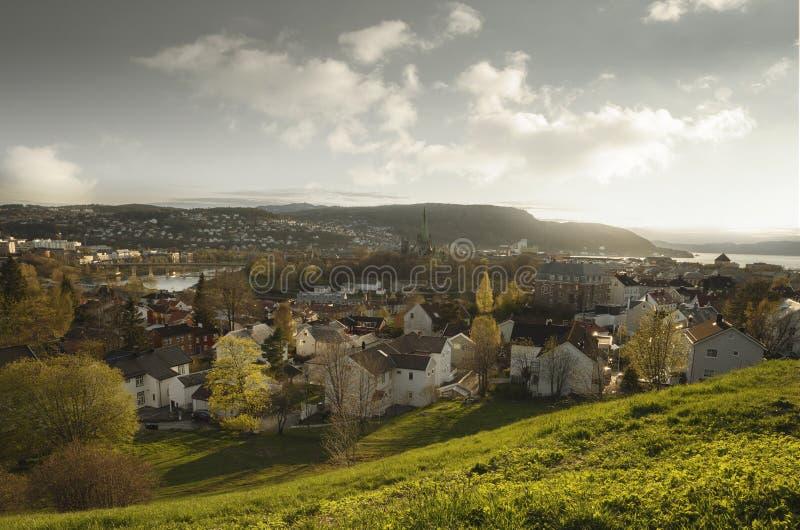 Vista a?rea de Strondheim, Noruega fotos de archivo