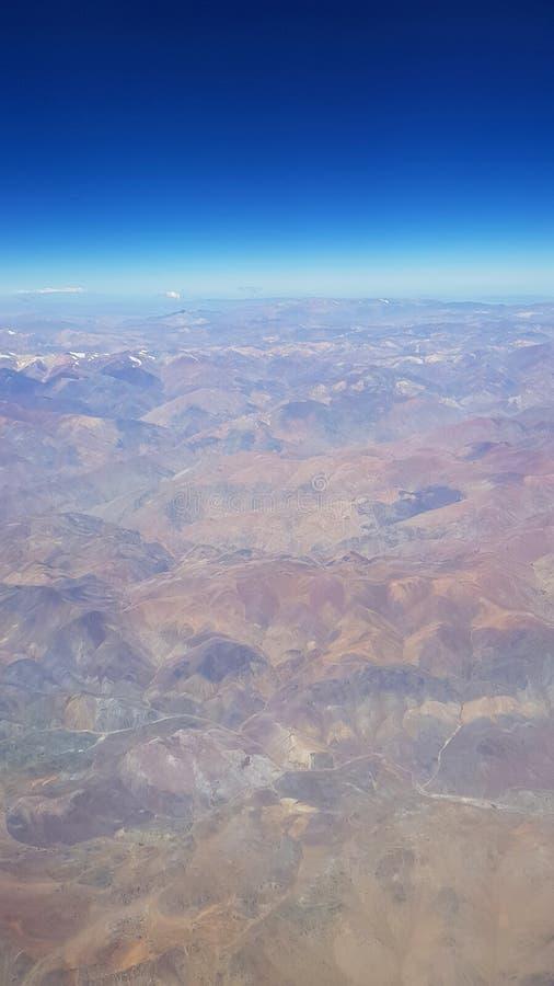 Vista a?rea do deserto de Atacama e das montanhas andinas, o Chile fotografia de stock