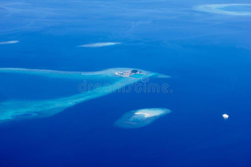 Vista regional de atóis maldivos, Eden na terra fotos de stock