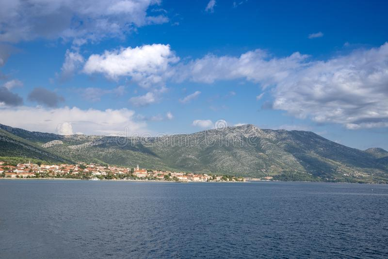 Vista regional no litoral perto de Orebic, Croácia imagem de stock royalty free