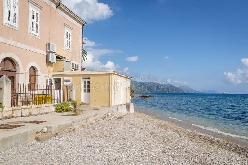 Vista regional no litoral perto de Orebic, Croácia fotos de stock royalty free