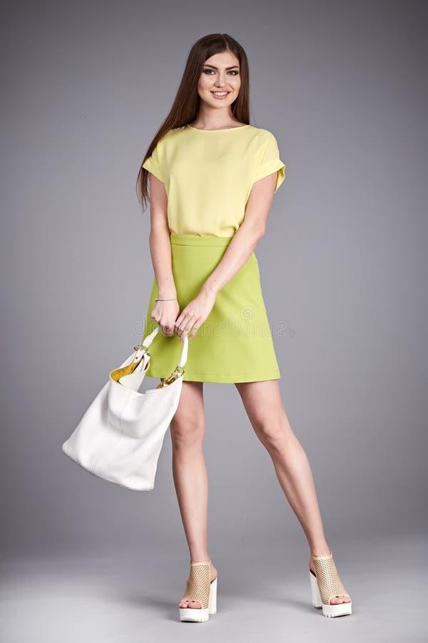 Vista a saia da blusa da coleção do modelo do estilo da forma da roupa da mulher fotos de stock royalty free