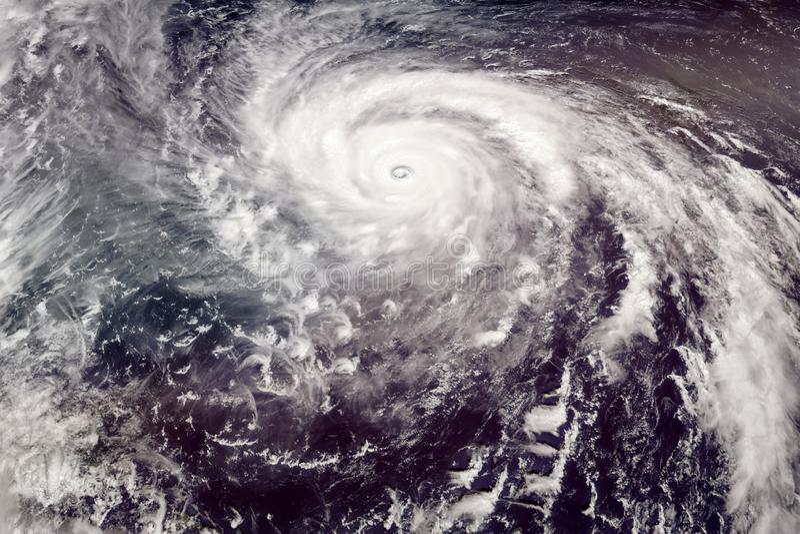 Vista satellite di tifone di categoria 5 fotografia stock libera da diritti