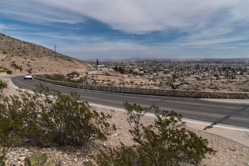 Vista scenica dell'azionamento di El Paso nel Texas fotografia stock