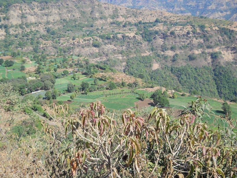 Vista scenica di bella stazione della collina in India ad ovest immagini stock libere da diritti