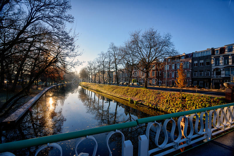 Vista scenica di Utrecht durante l'alba in autunno fotografia stock