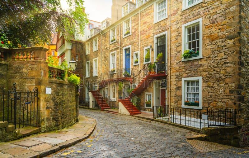 Vista scenica nella vecchia città di Edimburgo, Scozia fotografia stock libera da diritti