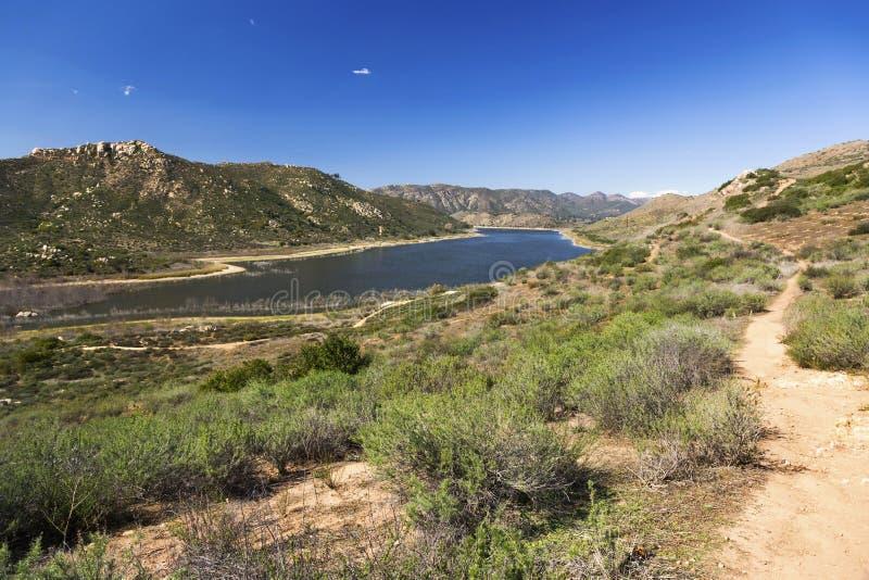 Vista scenica San Diego County California del paesaggio di Hodges del lago immagine stock