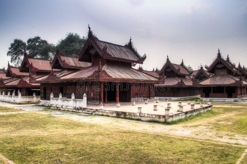 Vista sobre o palácio de Mandalay em Myanmar imagem de stock royalty free