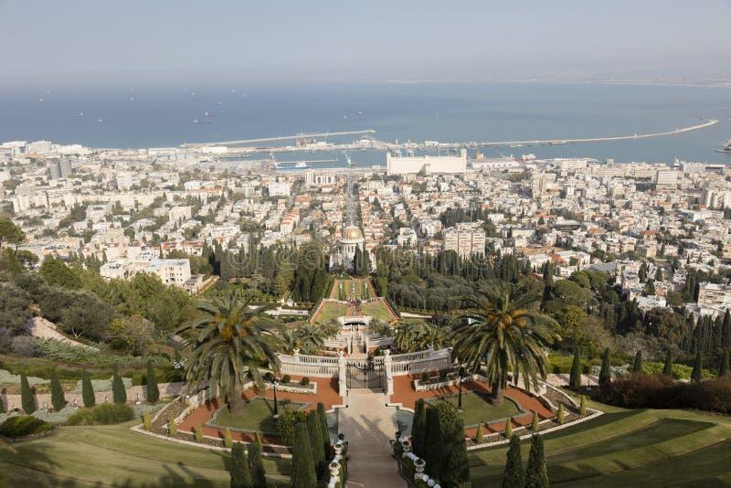 Vista sopra i giardini di Bahai a Haifa - Israele immagini stock libere da diritti