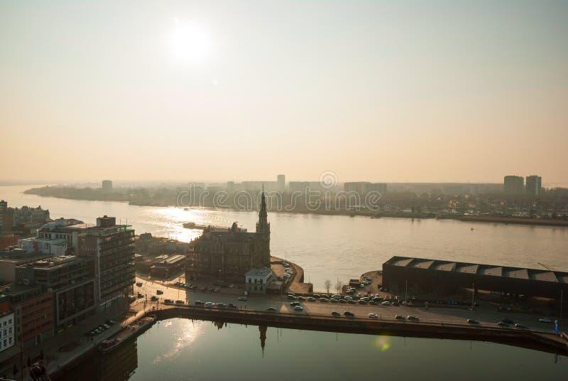 Vista sopra la città di Anversa, Belgio fotografie stock