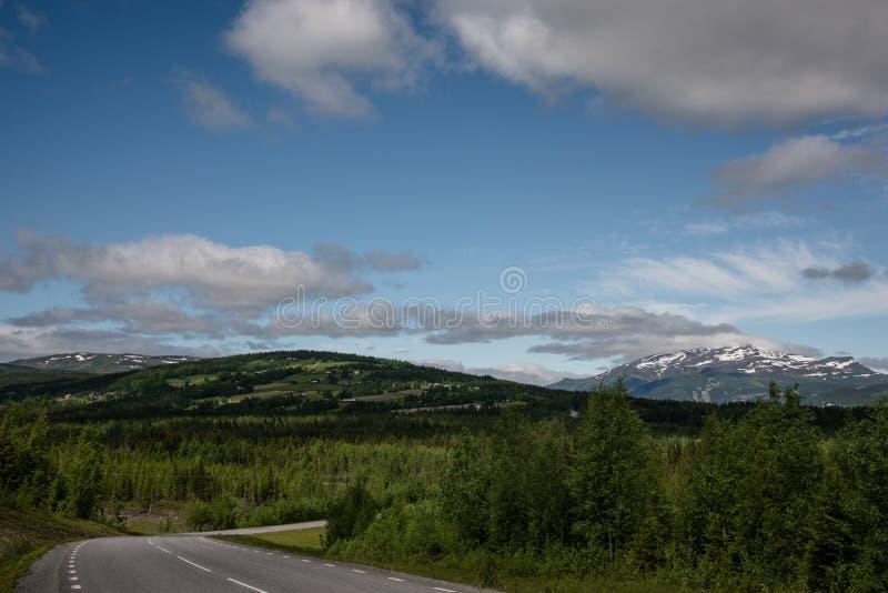 Vista sopra le montagne di Jamtland fotografia stock libera da diritti
