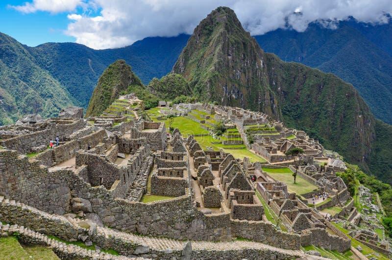 Vista sopra le rovine di inca di Machu Picchu, Perù fotografia stock