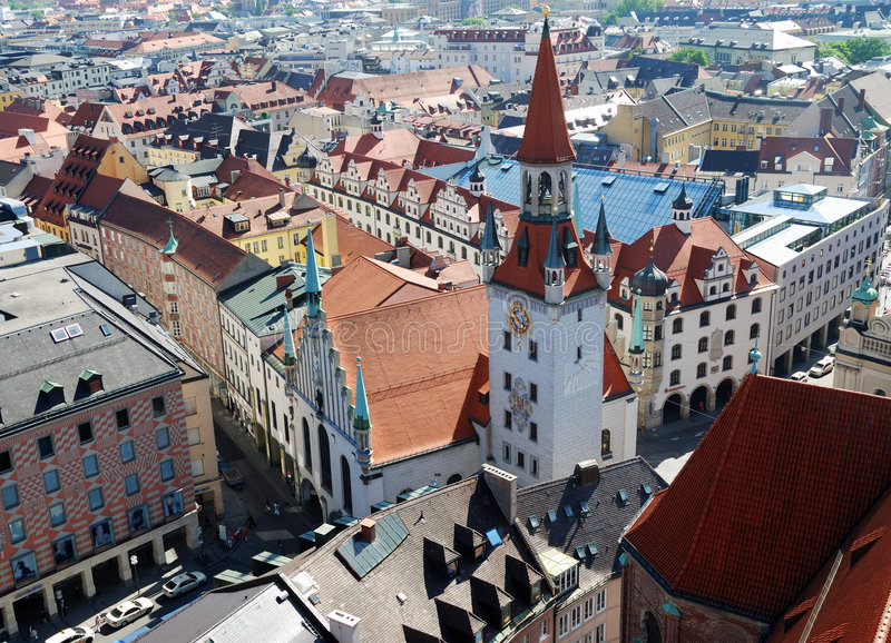 Vista sopra Monaco di Baviera immagini stock libere da diritti