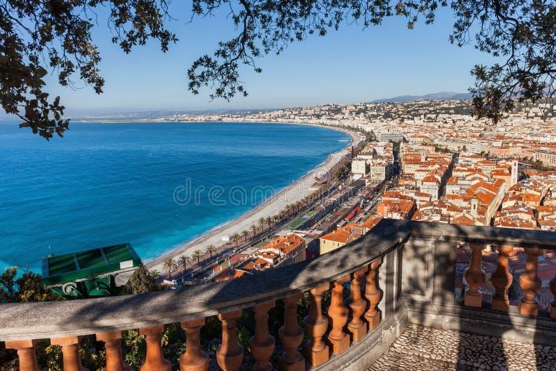 Vista sopra Nizza la città in Francia fotografia stock libera da diritti
