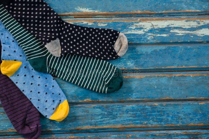 Vista sopraelevata dei calzini fotografia stock