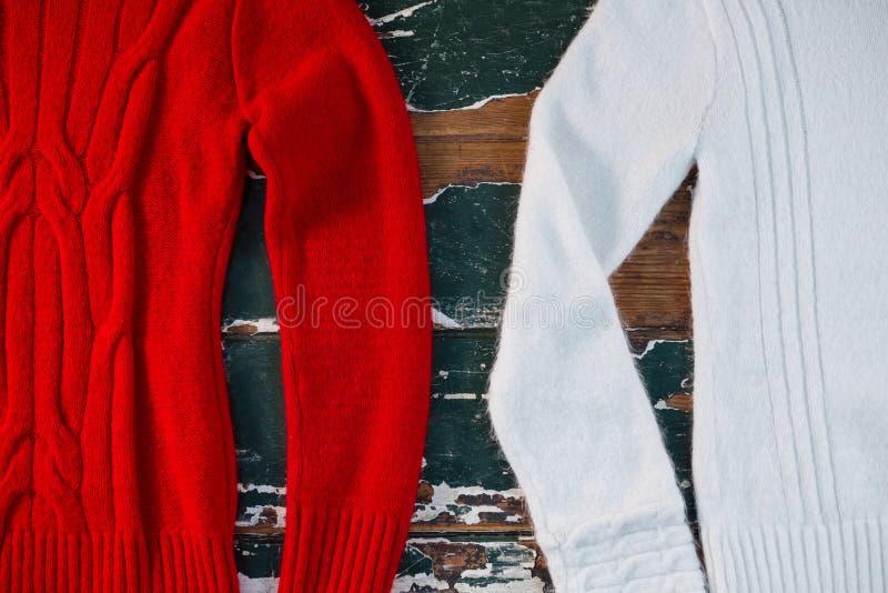 Vista sopraelevata dei maglioni fotografia stock