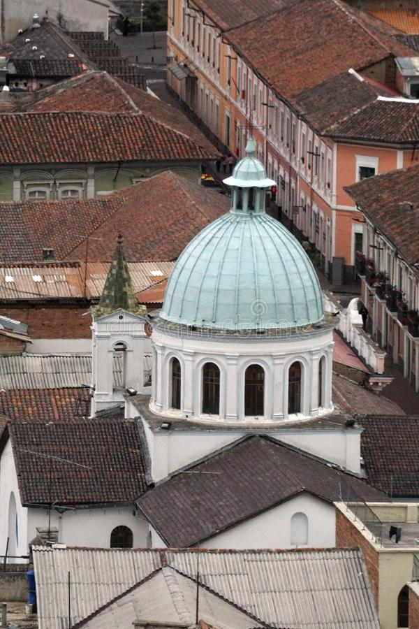 Vista sopraelevata di Città Vecchia, Quito, Ecuador immagini stock libere da diritti
