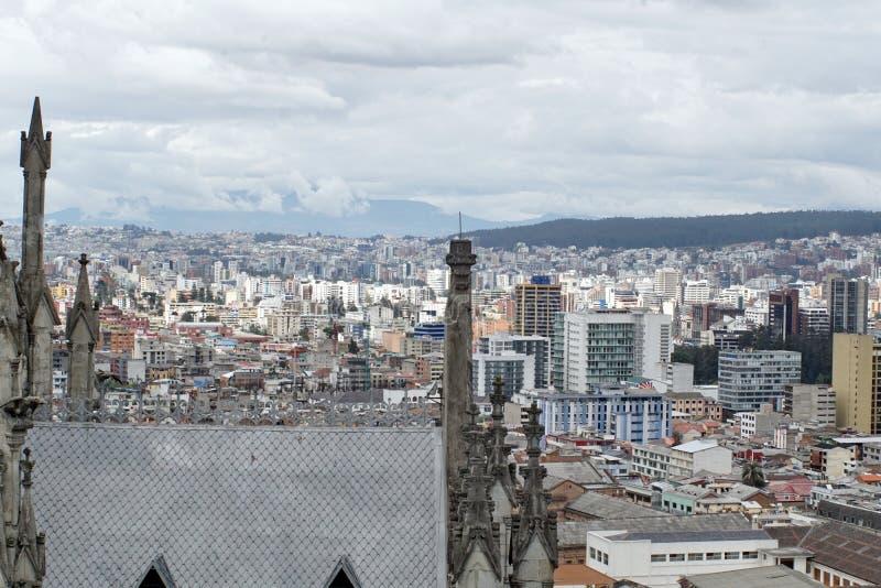 Vista sopraelevata di Quito, Ecuador fotografia stock