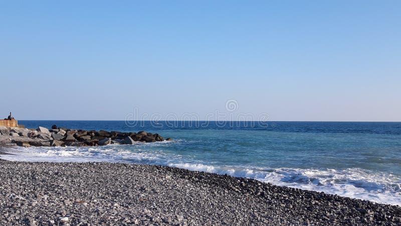 Vista stupefacente dalla spiaggia di Genova fotografia stock