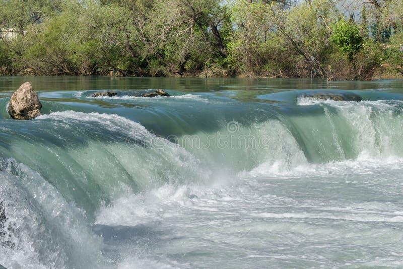 Vista stupefacente della cascata di Manavgat a Adalia immagini stock libere da diritti