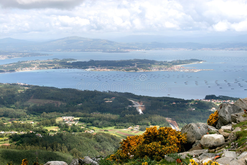 Vista su industria della pesca spagnola fotografia stock libera da diritti