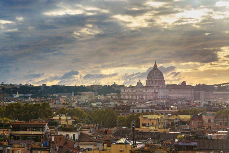 Vista Su Roma Da Terrazza Viale Del Belvedere L Italia