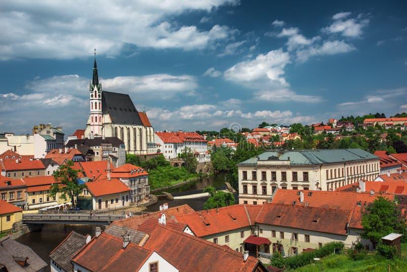 Vista sul centro storico di Cesky Krumlov europa fotografia stock