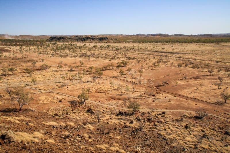 Vista sul deserto dal sito fossile di Riversleigh, Savannah Way, Queensland, Australia fotografia stock