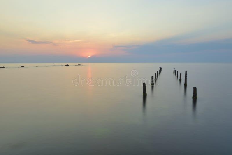 Vista sul mare di un'alba fotografia stock libera da diritti