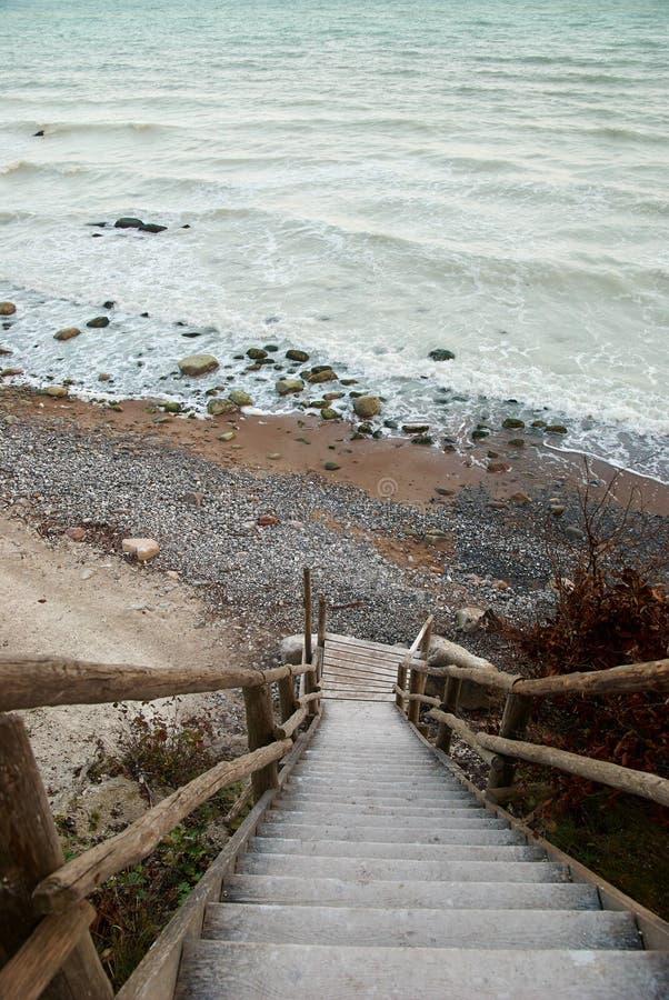 Vista sull'acqua di mare gessosa immagine stock libera da diritti