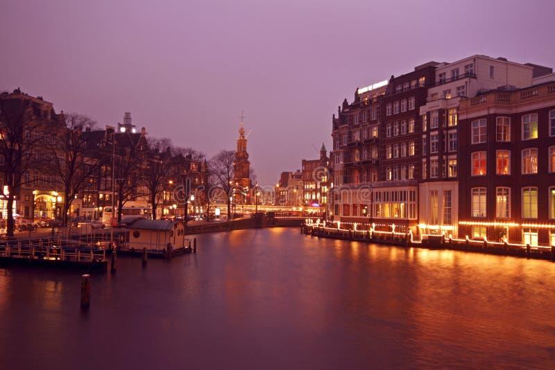 Vista sulla torre di Munt a Amsterdam i Paesi Bassi fotografie stock